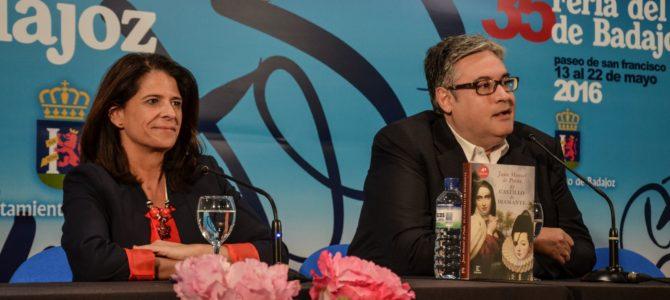 Juan Manuel de Prada cierra las conferencias de autores en la Feria del Libro
